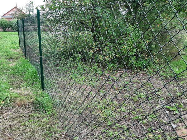 Забор из сетки рабицы на участок
