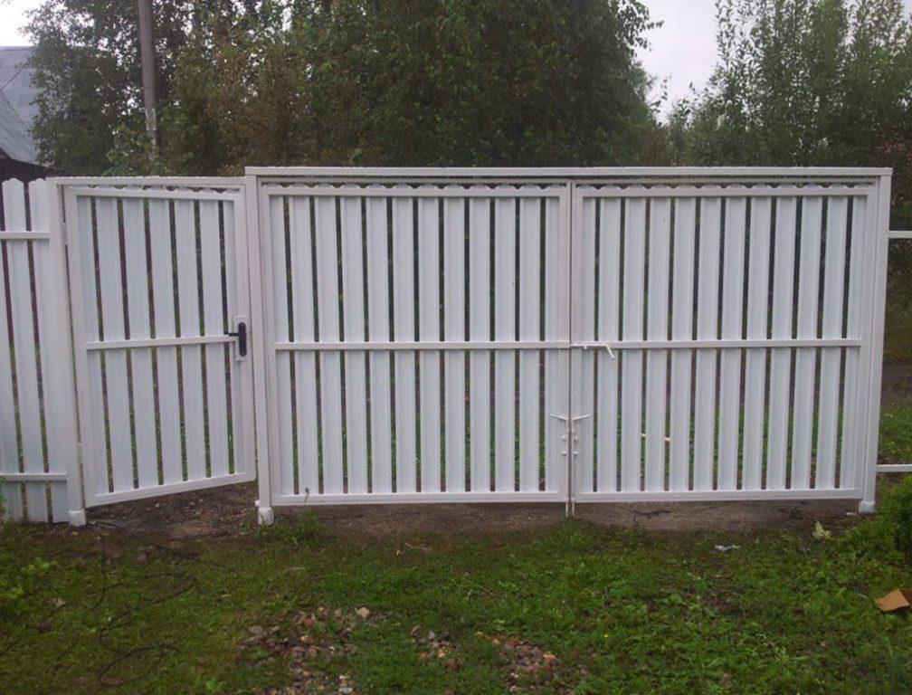 забор из штакетника, установка заборов из металлоштакетника